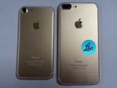 New Leaked iPhone 7 Photos Confirm Dual-Cameras on One Variant 6