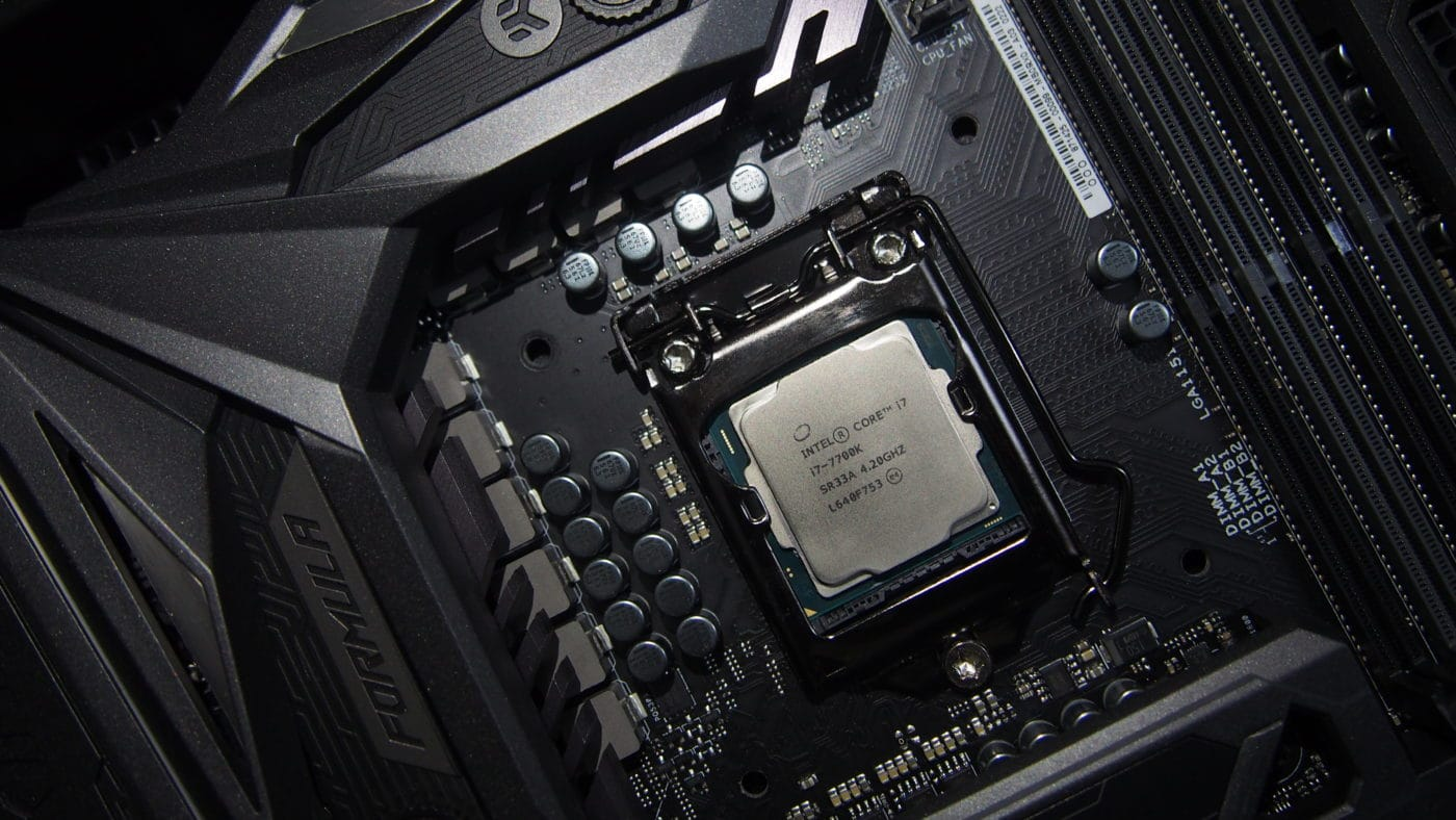 Intel's i9-9900K Benchmarks Leaked, 5GHz Peak Clock Speed