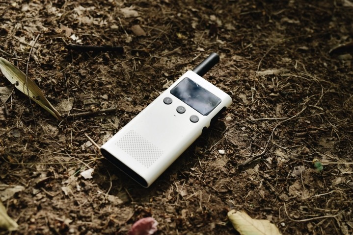 Xiaomi has officially launched the Mi Walkie Talkie 1S in China. Following the success of the first-generation Mi Walkie Talkie, which was launched in March last year, Xiaomi has launched the second-gen Mi Walkie Talkie, with improvements in every aspect.