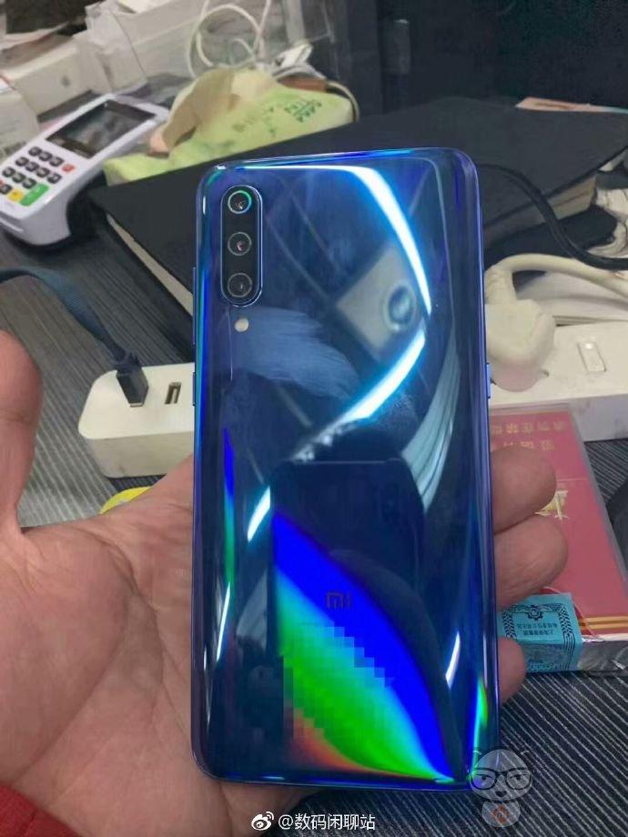 Xiaomi Mi 9 To Debut Next Week Alongside Samsung's Galaxy S10 12